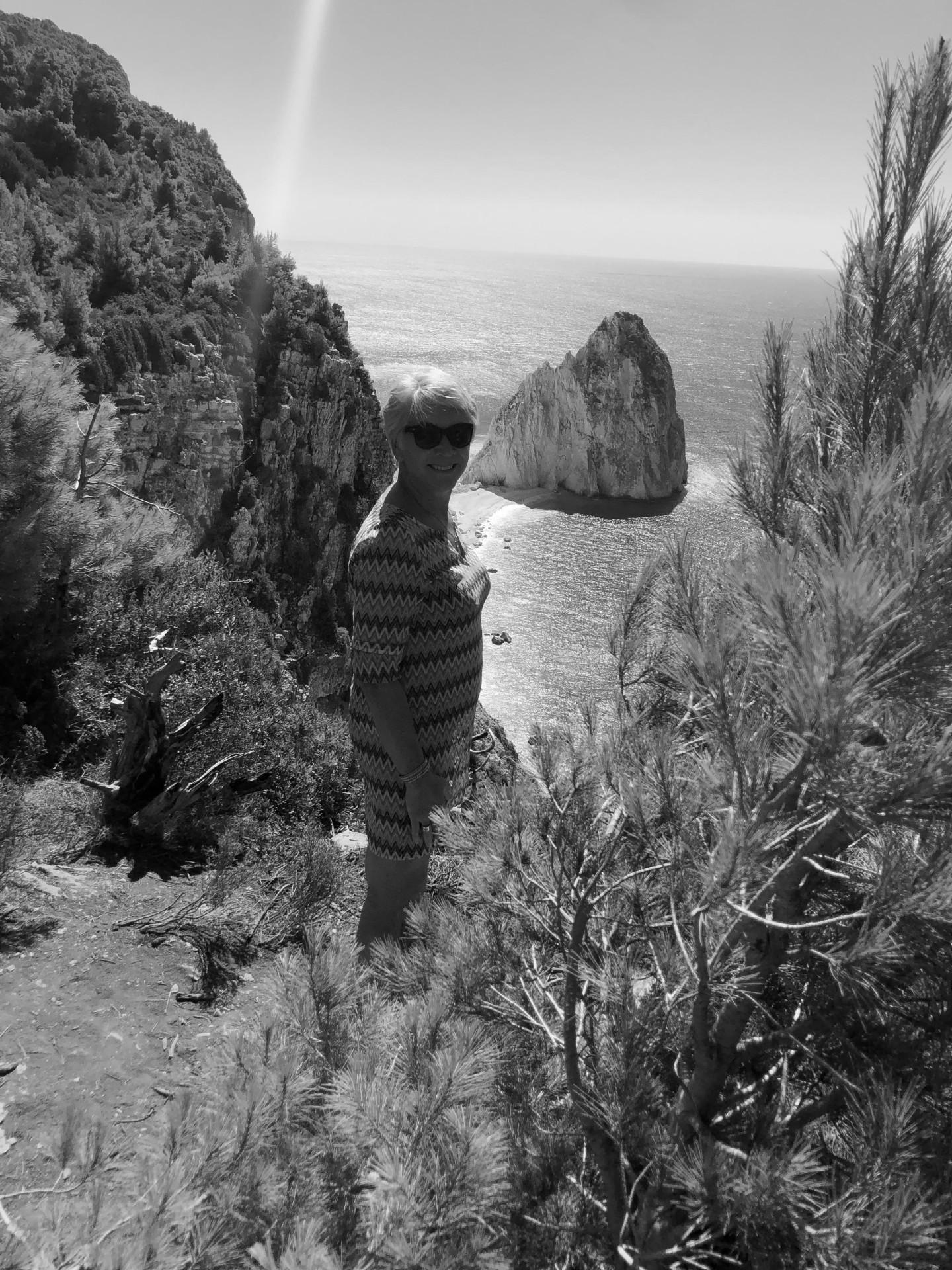 Lyanne bij één van de bekendste bezienswaardigheden van het Griekse eiland Zakynthos