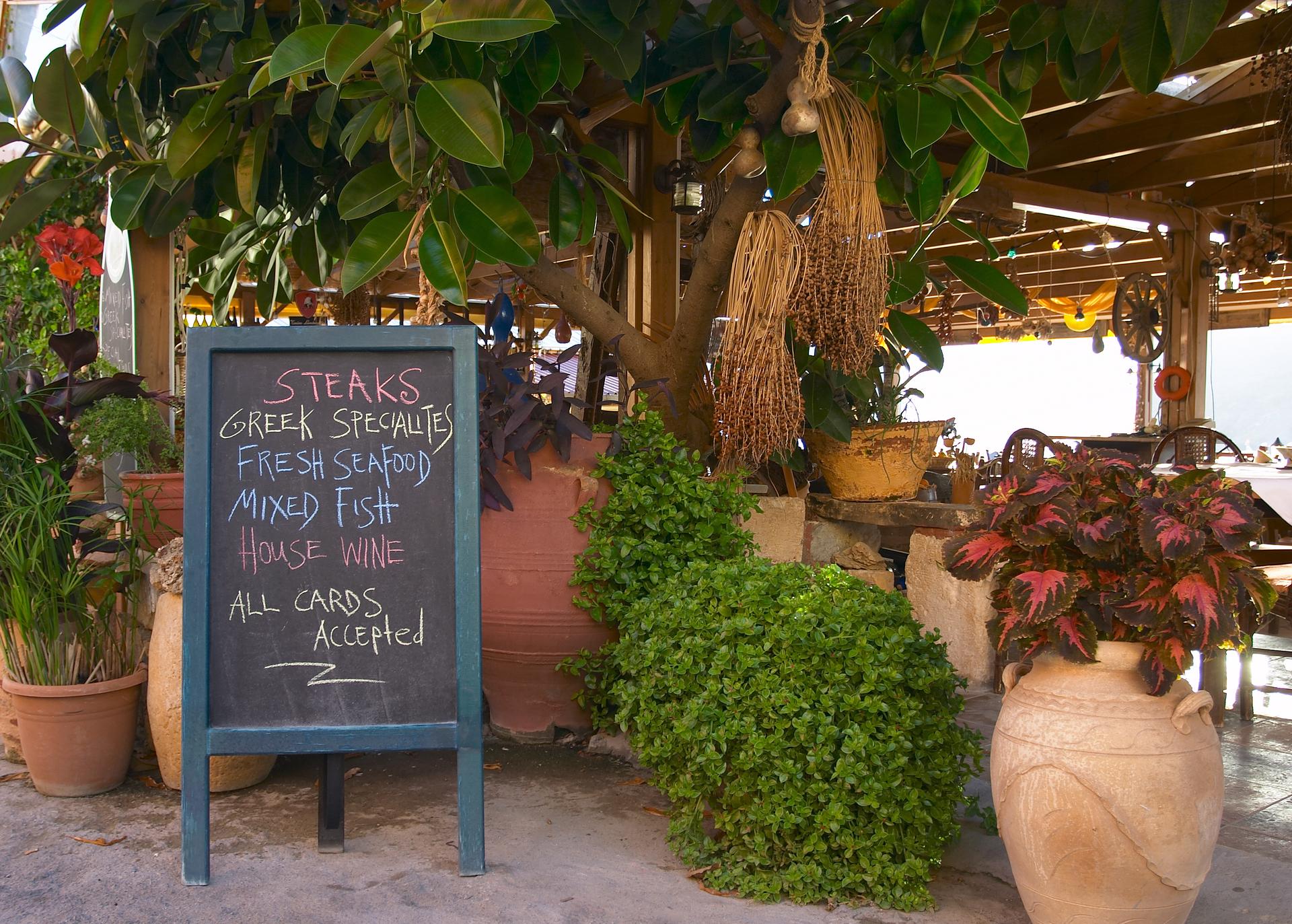 Bord voor Taverne Koutouloufari, Kreta, Griekenland