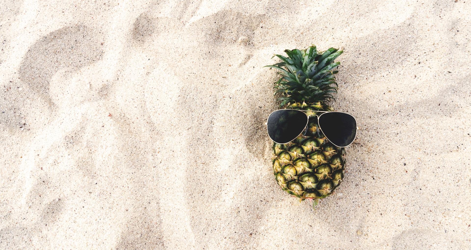 Ananas op het strand