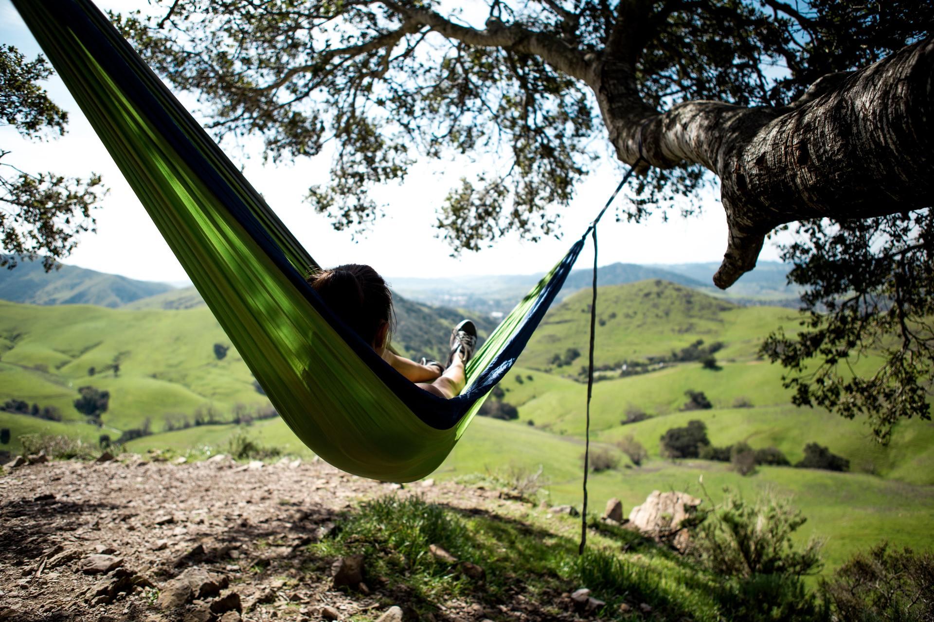Heerlijk relaxen in de hangmat met mooi uitzicht