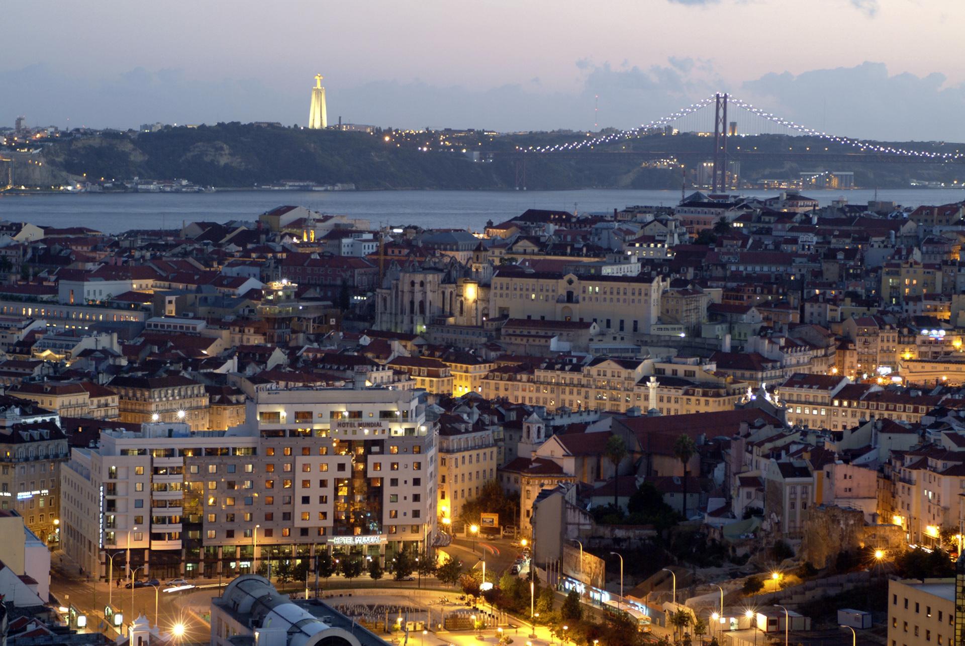 De centrale ligging van hotel Mundial in Lissabon