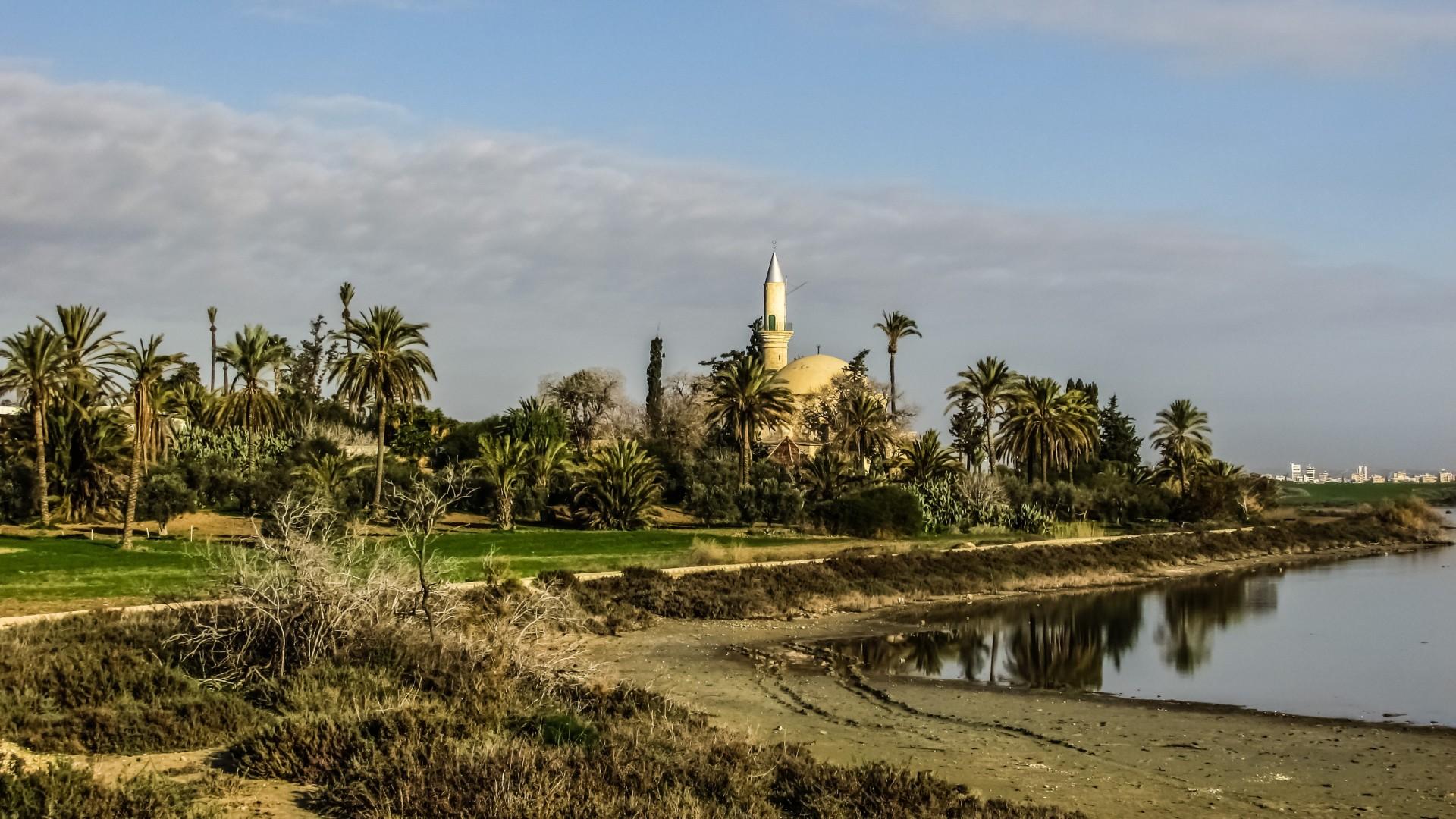 Hala Sultan Tekke moskee bij zoutmeer Larnaca, Cyprus