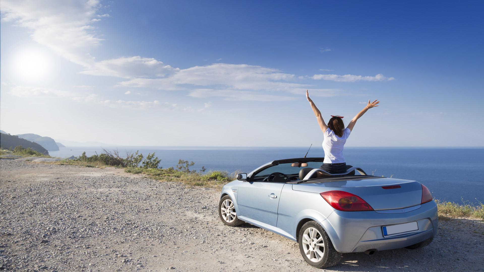 Een auto inclusief tijdens je vakantie is ideaal om de bestemming te ontdekken!