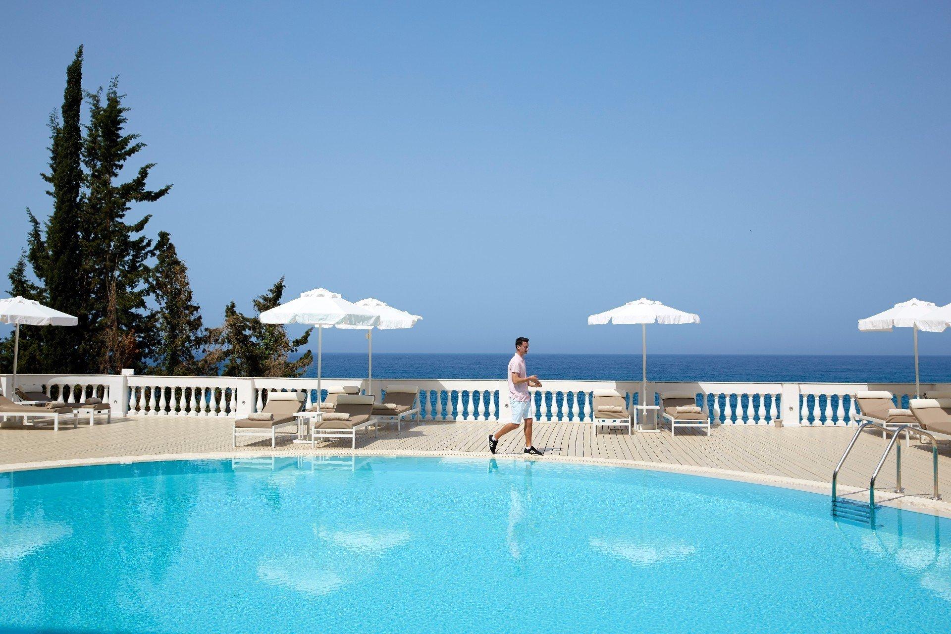 Hotel Mayor La Grotta Verde - zwembad met zeezicht