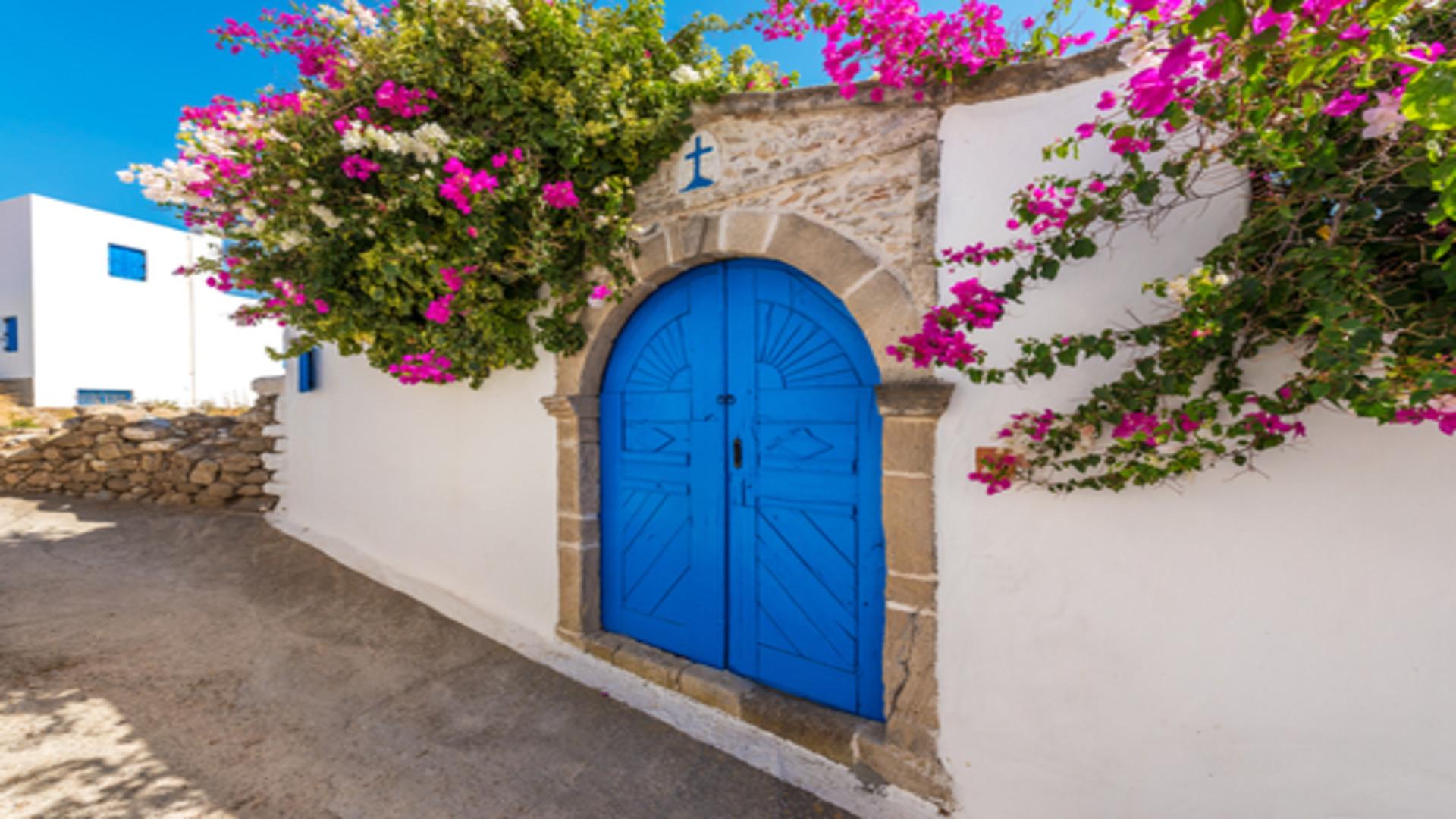 Traditionele voordeur in Lachania village Rhodos, Griekenland