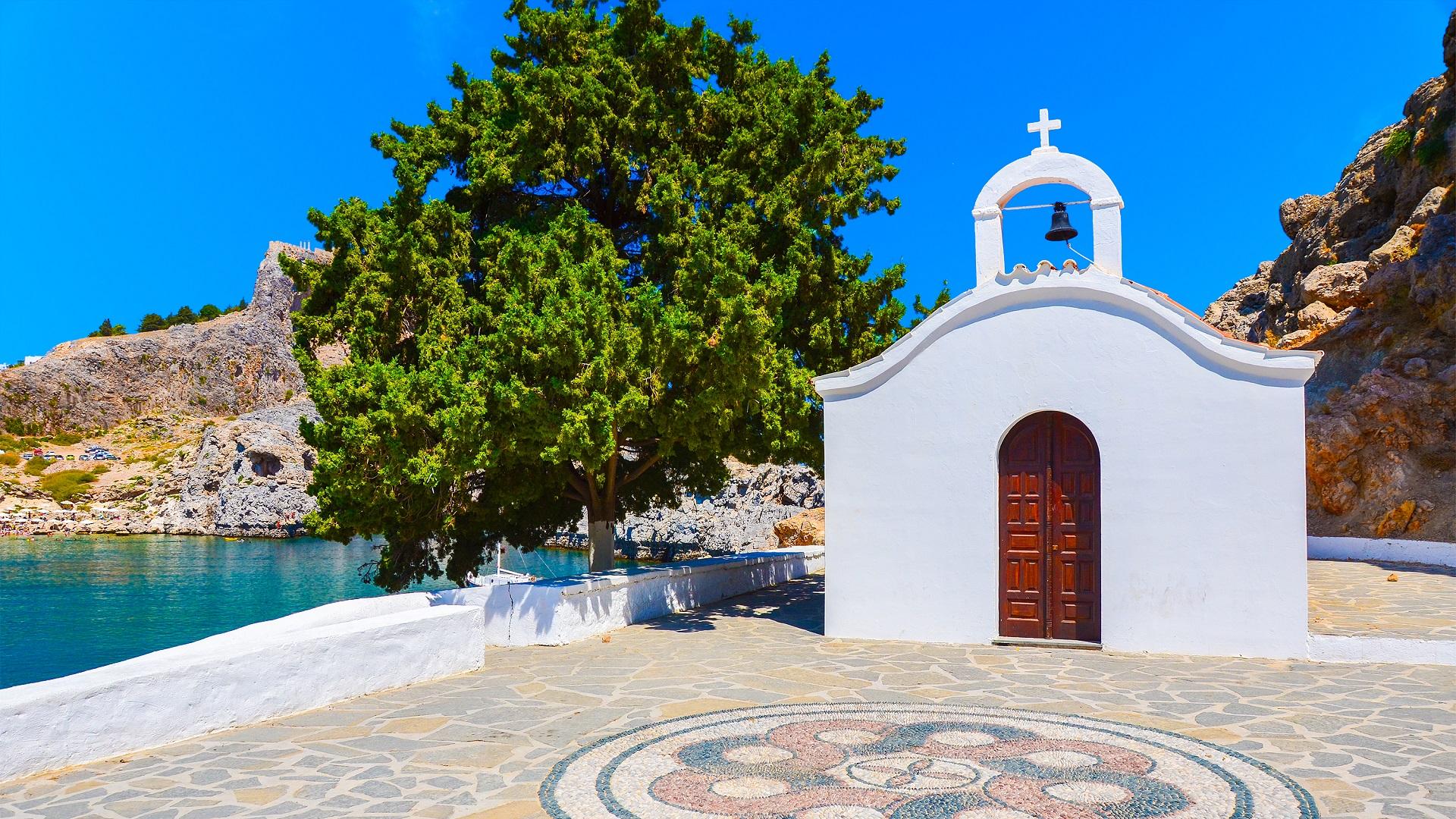 Een kerkje vlakbij Lindos op Rhodos