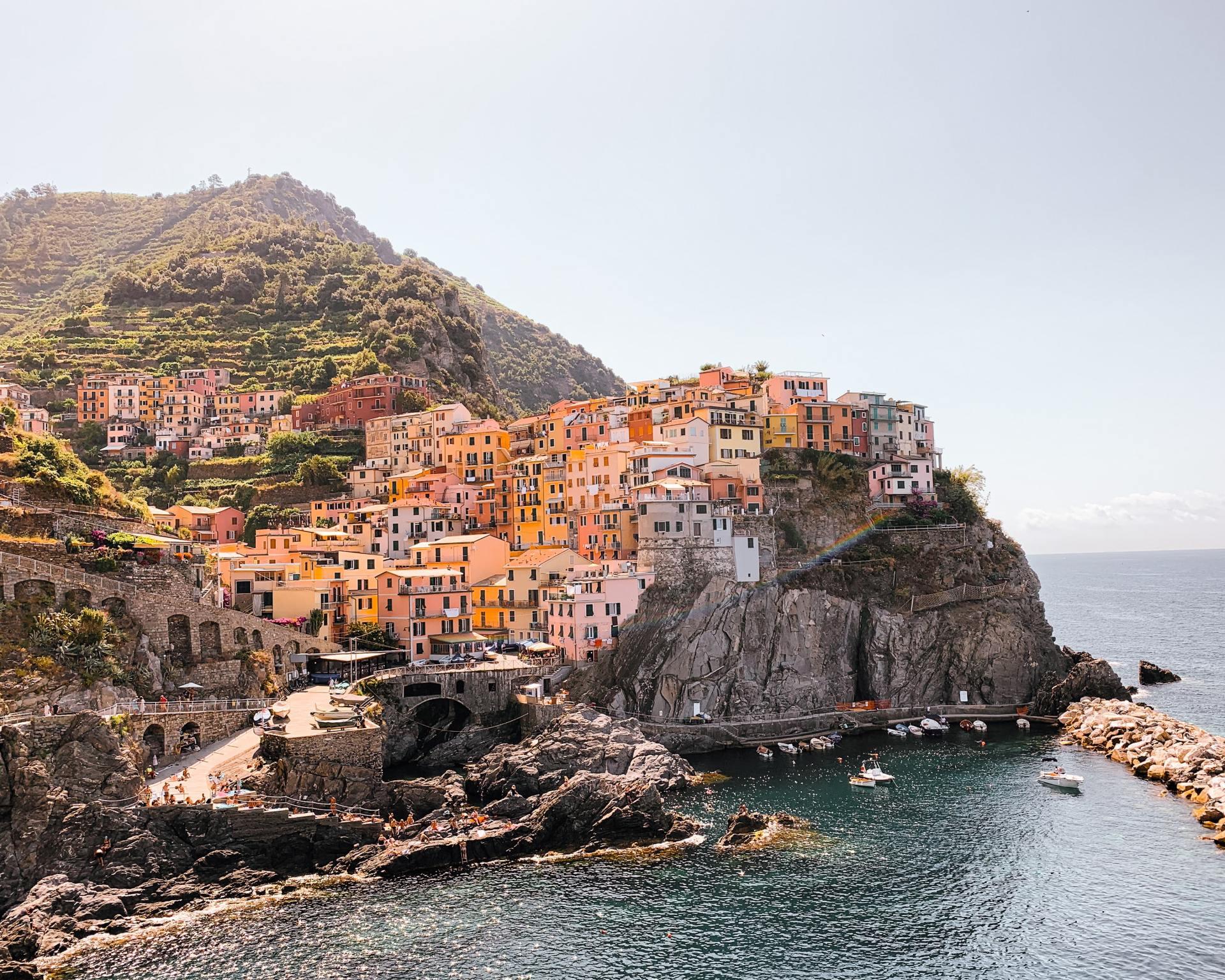 Couleur locale Italië - Cinque Terre Manarola kleurrijk vissersdorpje