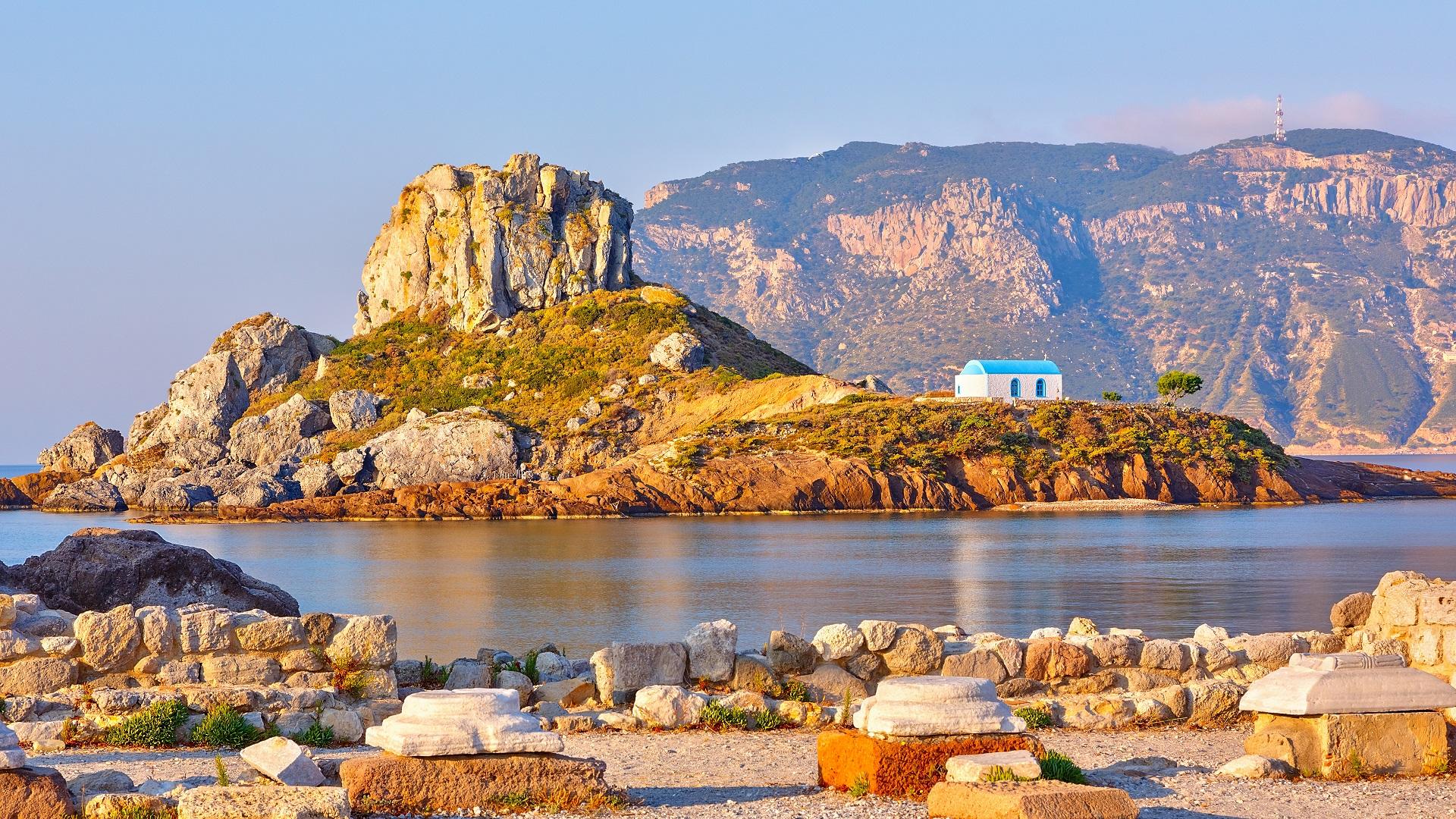 Uitzicht op het kleine eiland Kastri vanaf Kos