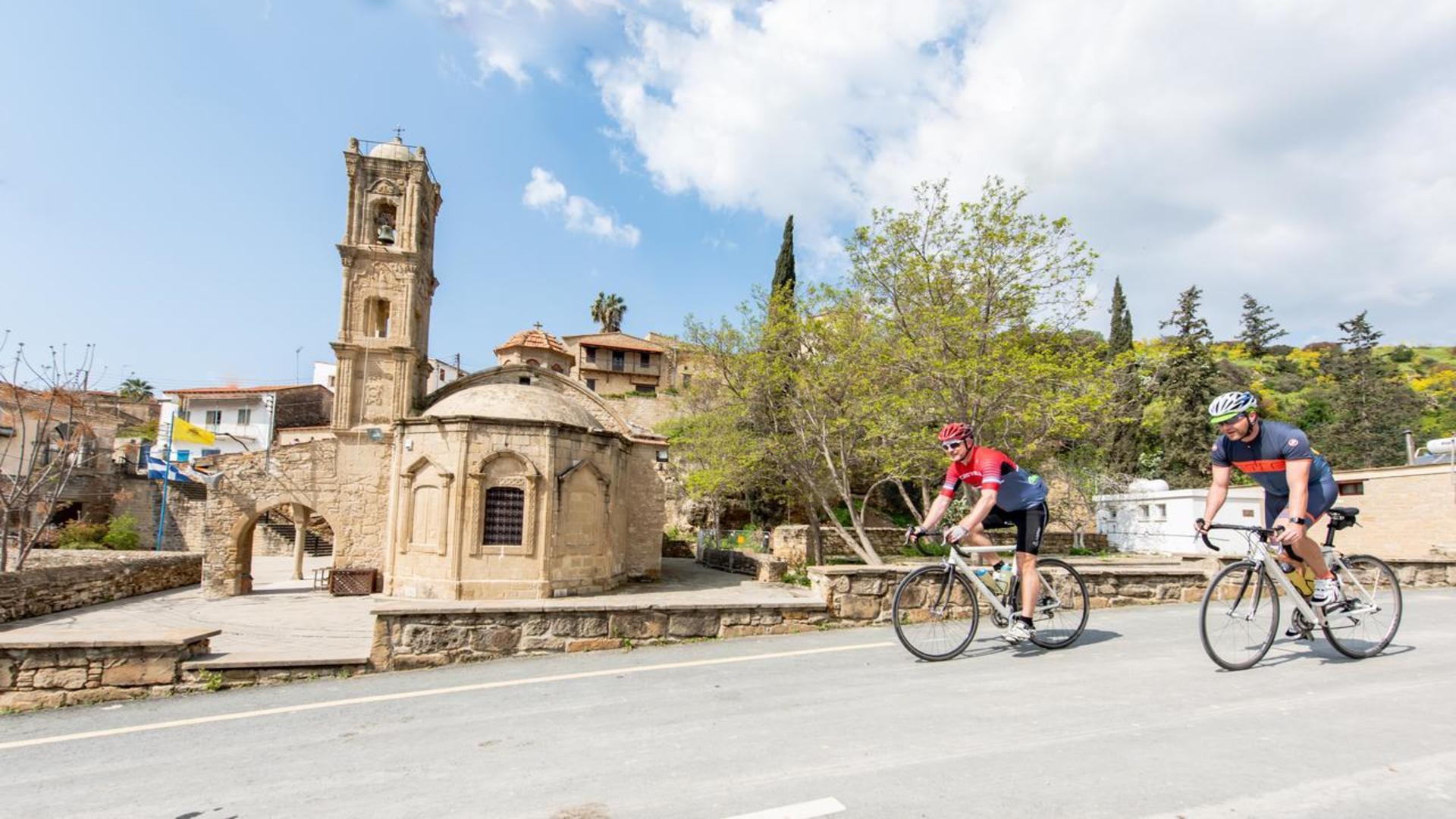 Fietsen bij Tochni, Cyprus