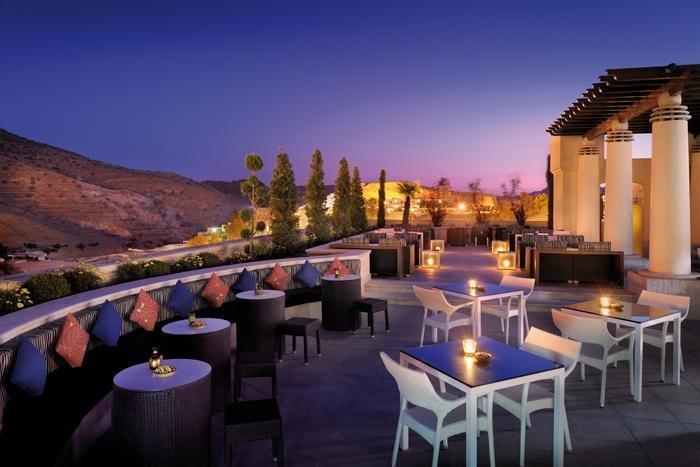 Mövenpick Resort Petra dakterras - Petra