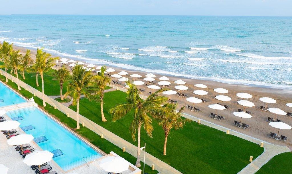 Millennium Resort Mussanah strand - Mussanah