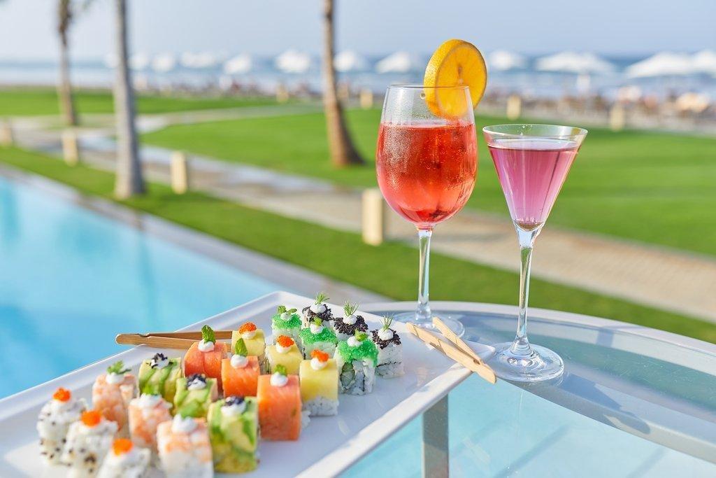 Millennium Resort Mussanah pool bar - Mussanah