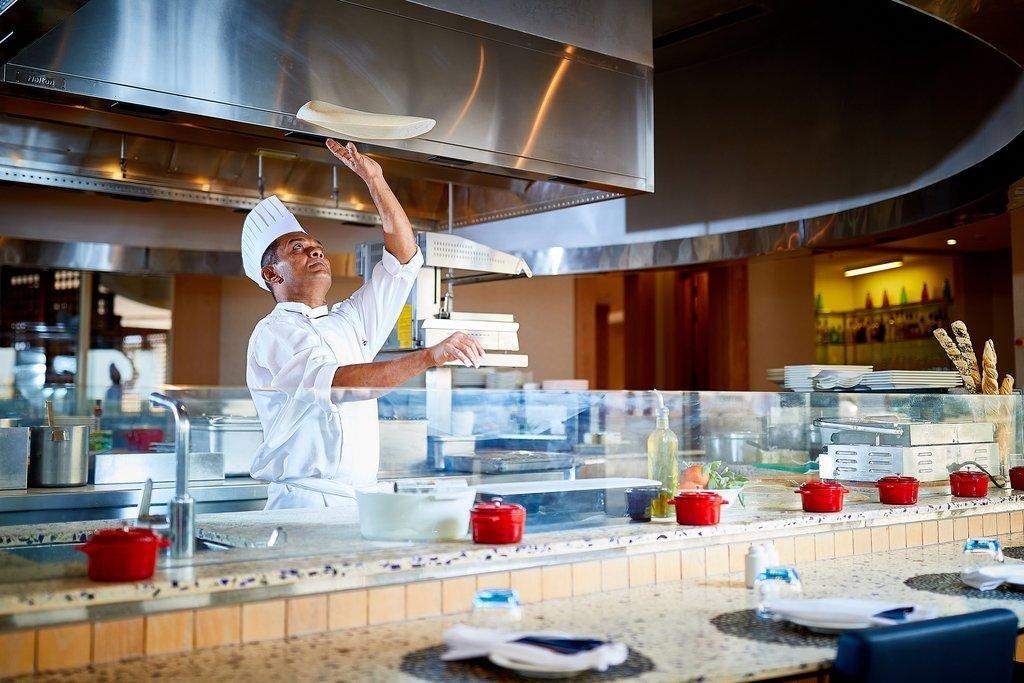 Millennium Resort Mussanah Azure restaurant - Mussanah