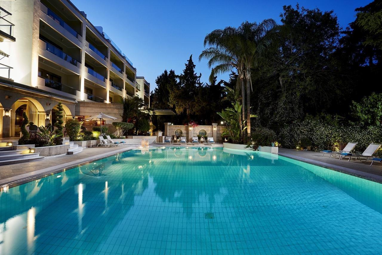 Hotel Rodos Park Suites & Spa - zwembad