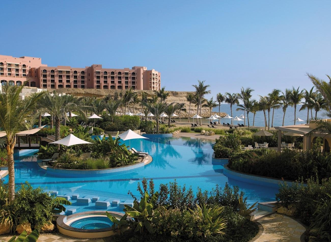 Hotel Shangri-La Al Bandar zwembad - Muscat