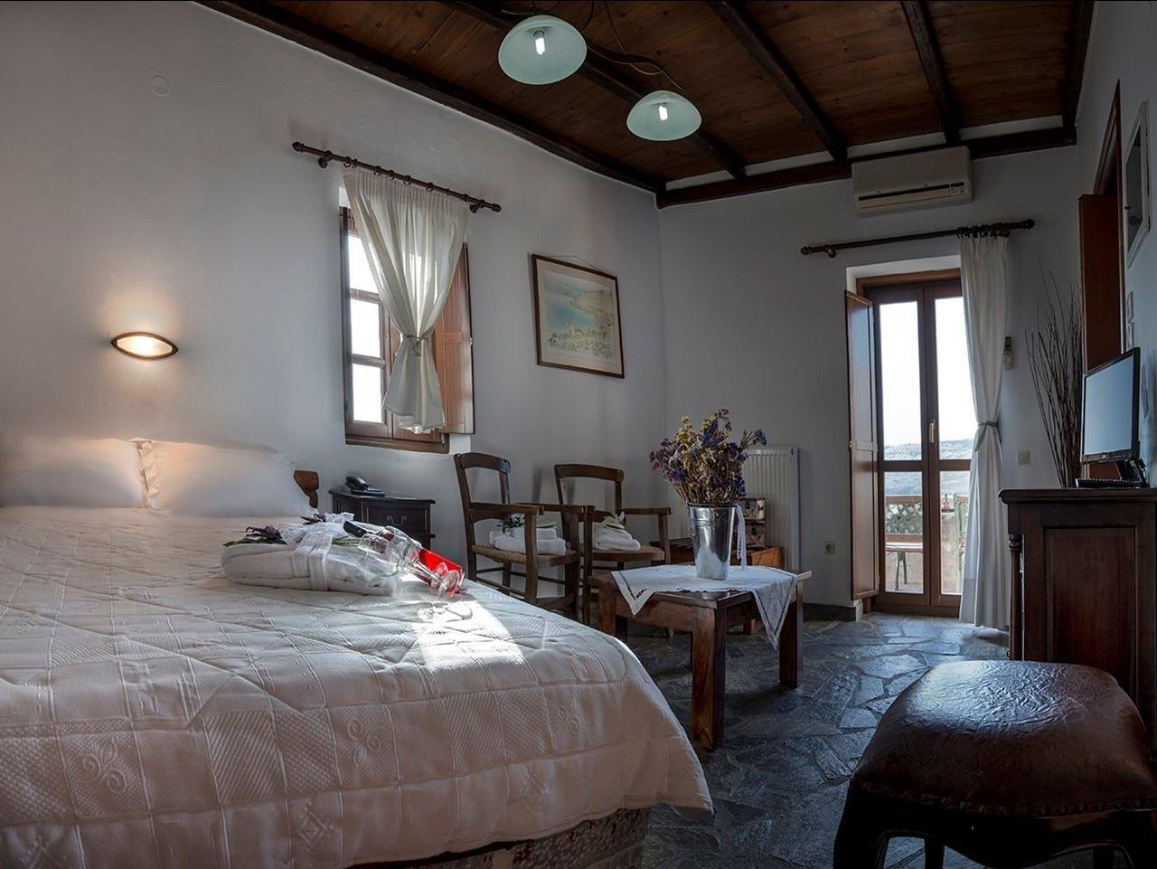 Limeni Village - kamer zeezicht