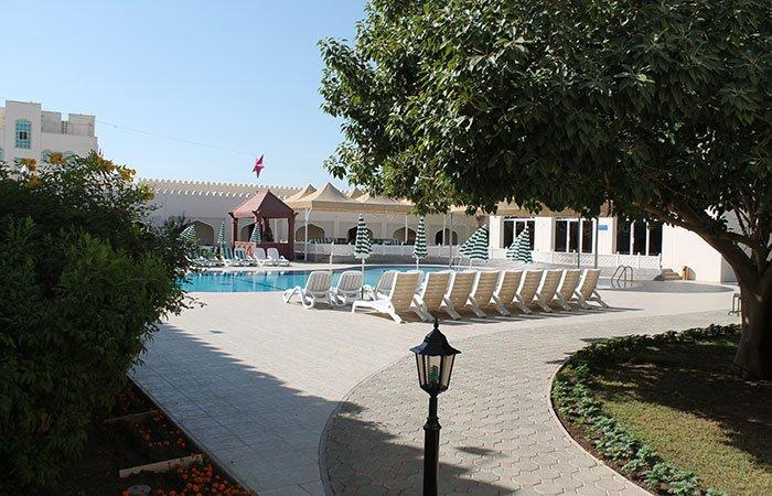 Hotel Falaj Daris zwembad  - Nizwa
