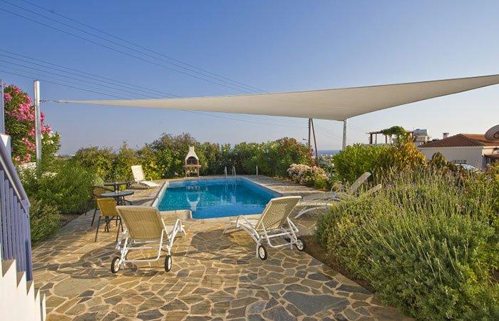 Villa's Meltemi Chloraka