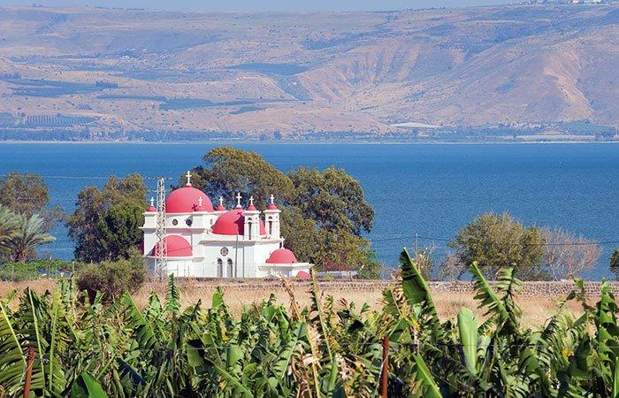 Kerkje van Capernaum aan het meer van Tiberias