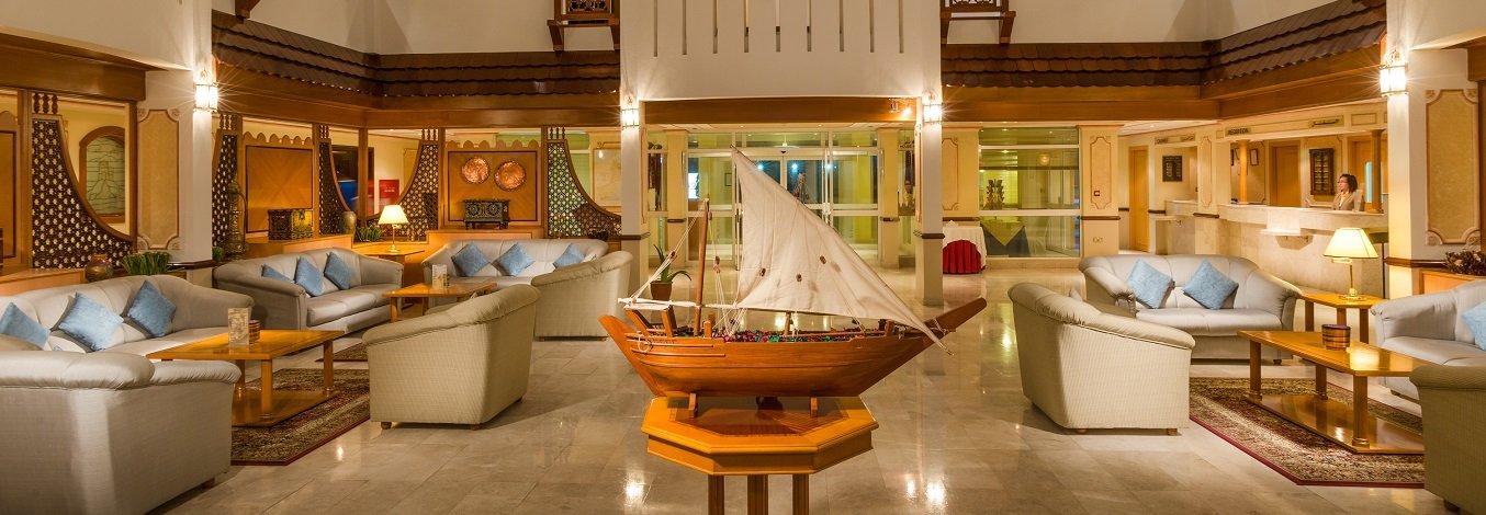 Hotel Sur Plaza lobby - Sur