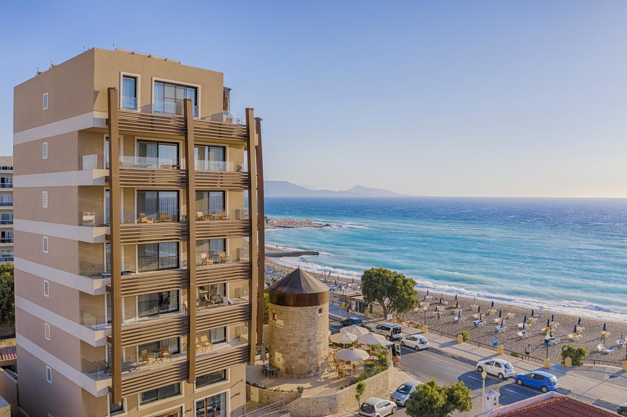 Appartementen Bellevue Suites - Rhodos-stad - exterieur met strand
