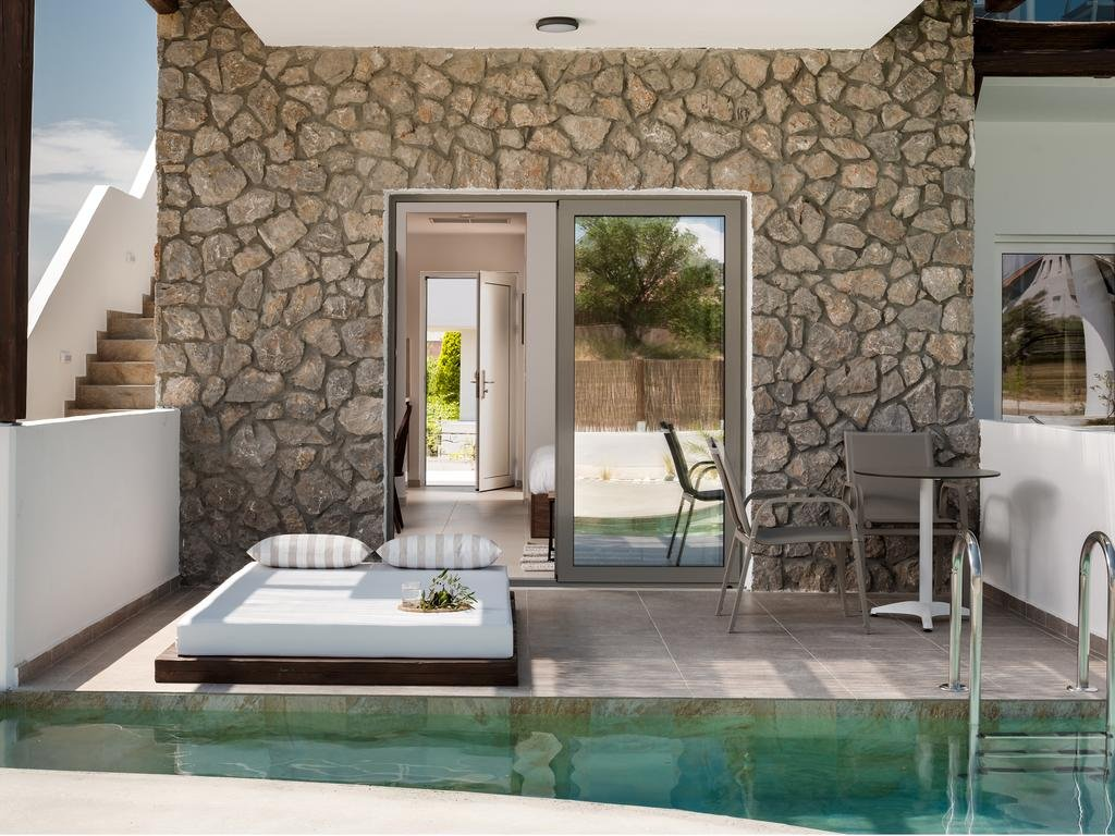 Hotel Nama Retreat - Pastida - kamer suite swim up