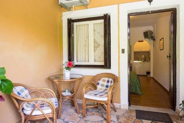 Appartementen Villa Tina - Acharavi - kamer - balkon
