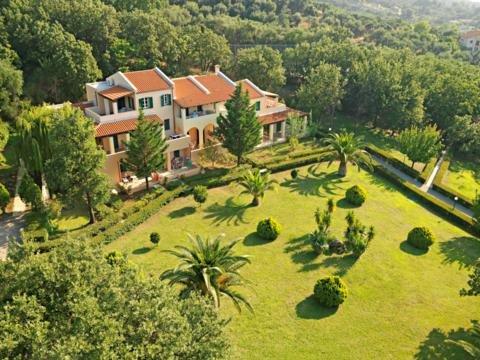 Aparthotel Century Resort - Acharavi