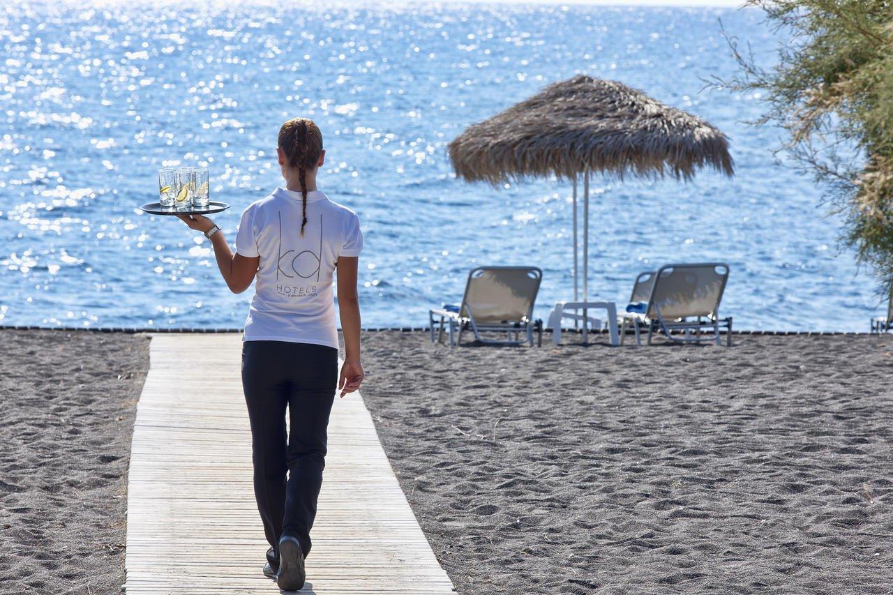 Hotel Santo Miramare - Santorini -strand.jpg