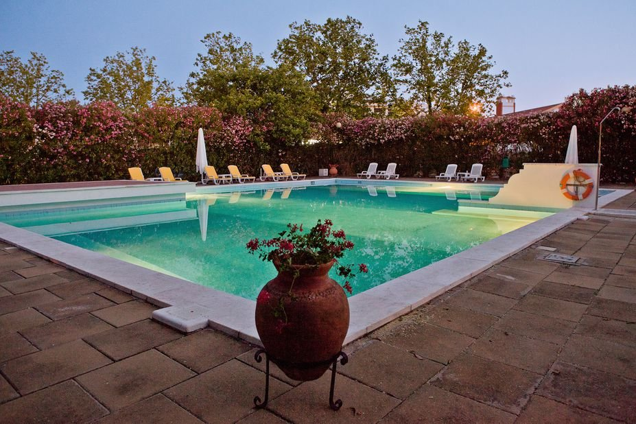 Hotel Santa Luzia - zwembad