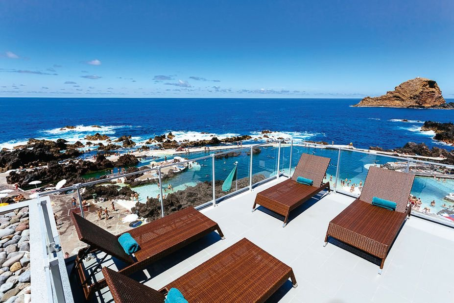 Hotel Aqua Natura Madeira - zonneterras.jpg