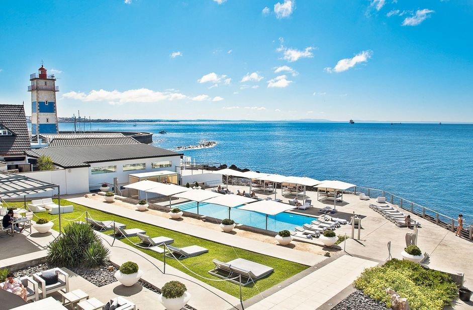 Farol Design- overzicht zwembad & zee