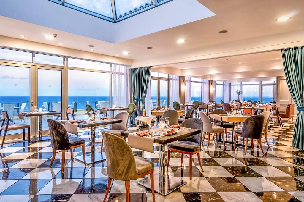 Apostolata Island Resort & Spa - restaurant