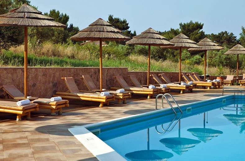 hotel en appartementen Lassi - zwembad