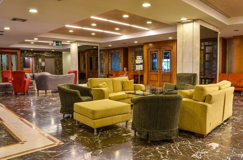Mediterranee hotel - lobby
