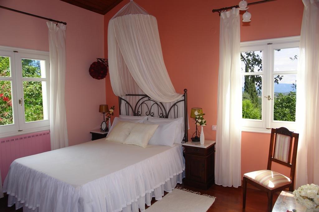 Riza Stone Cottage  - slaapkamer