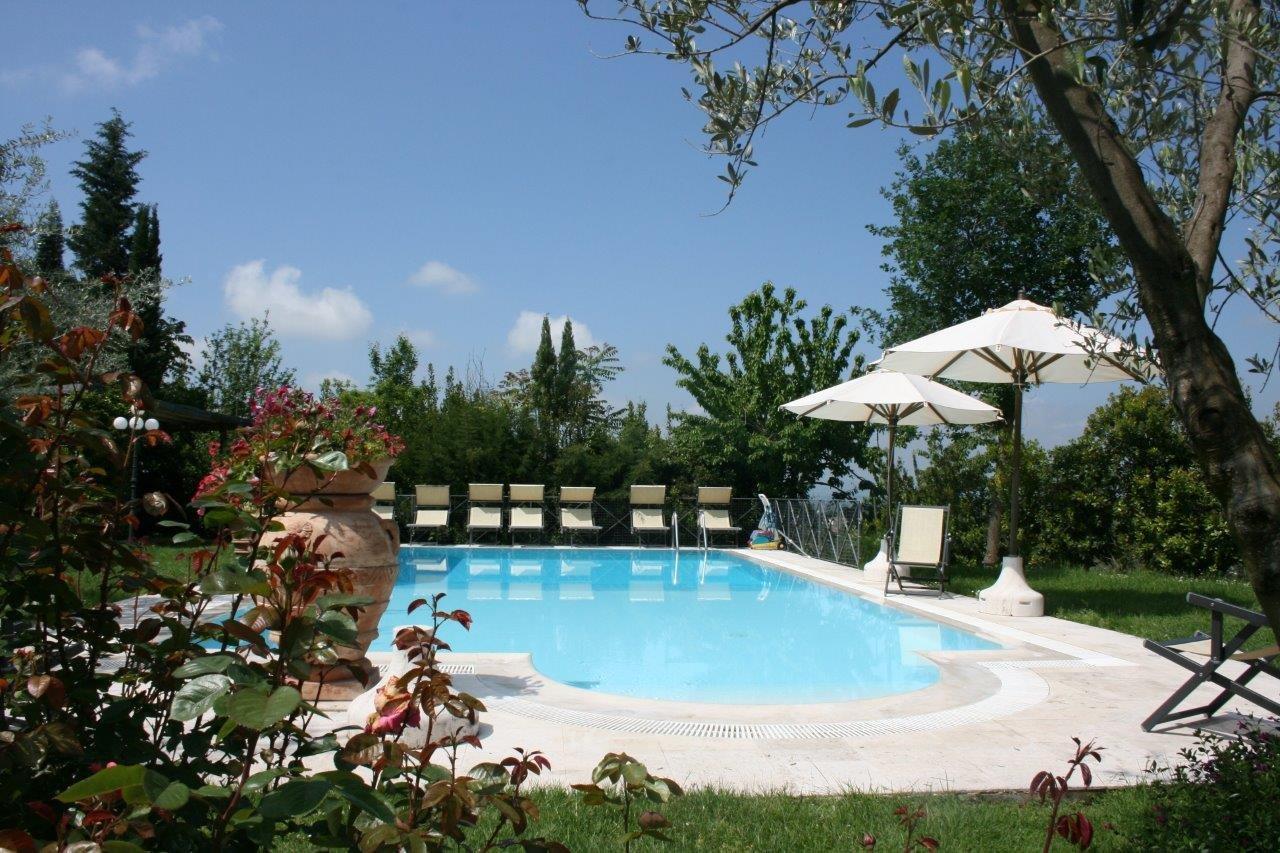 Villa degli Olivi zwembad