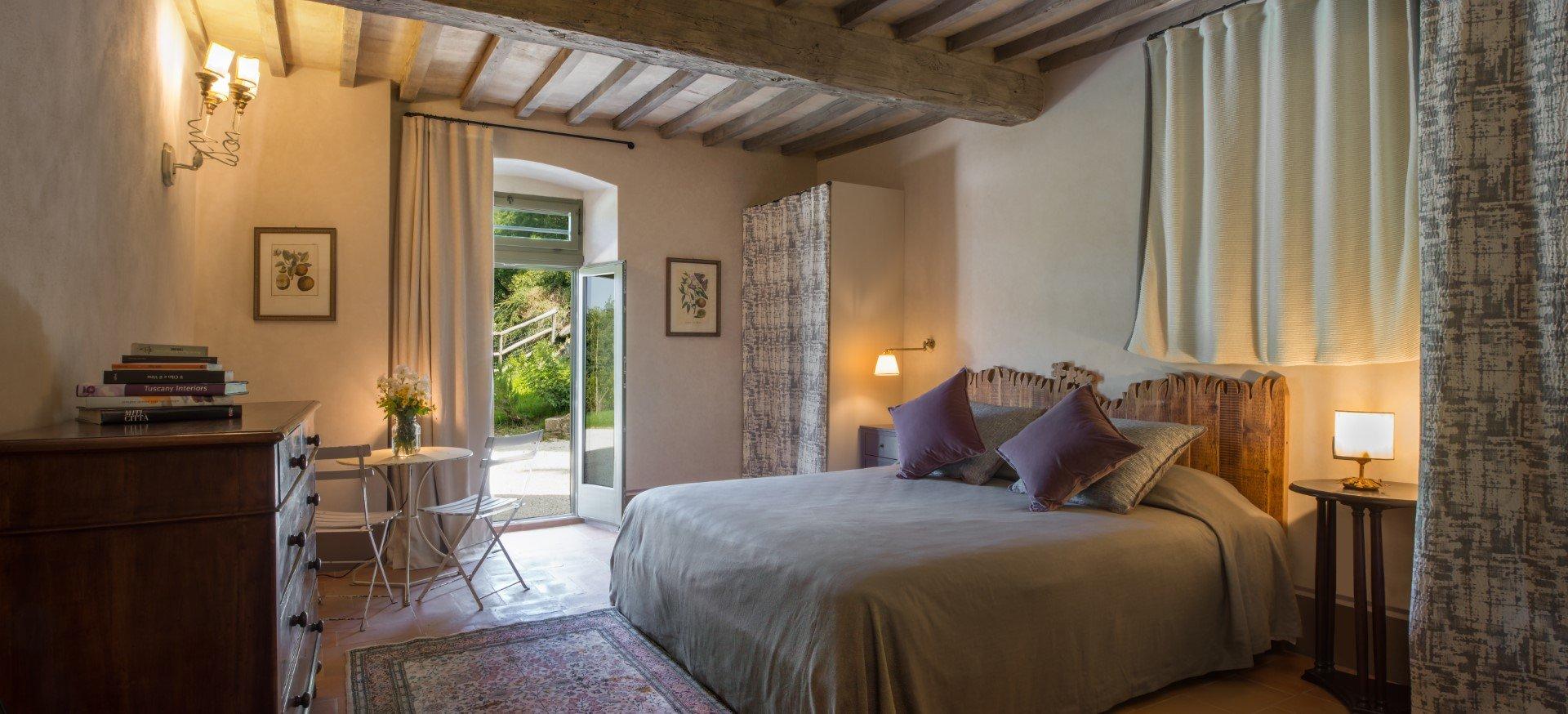 Leopoldina-slaapkamer met deur naar tuin
