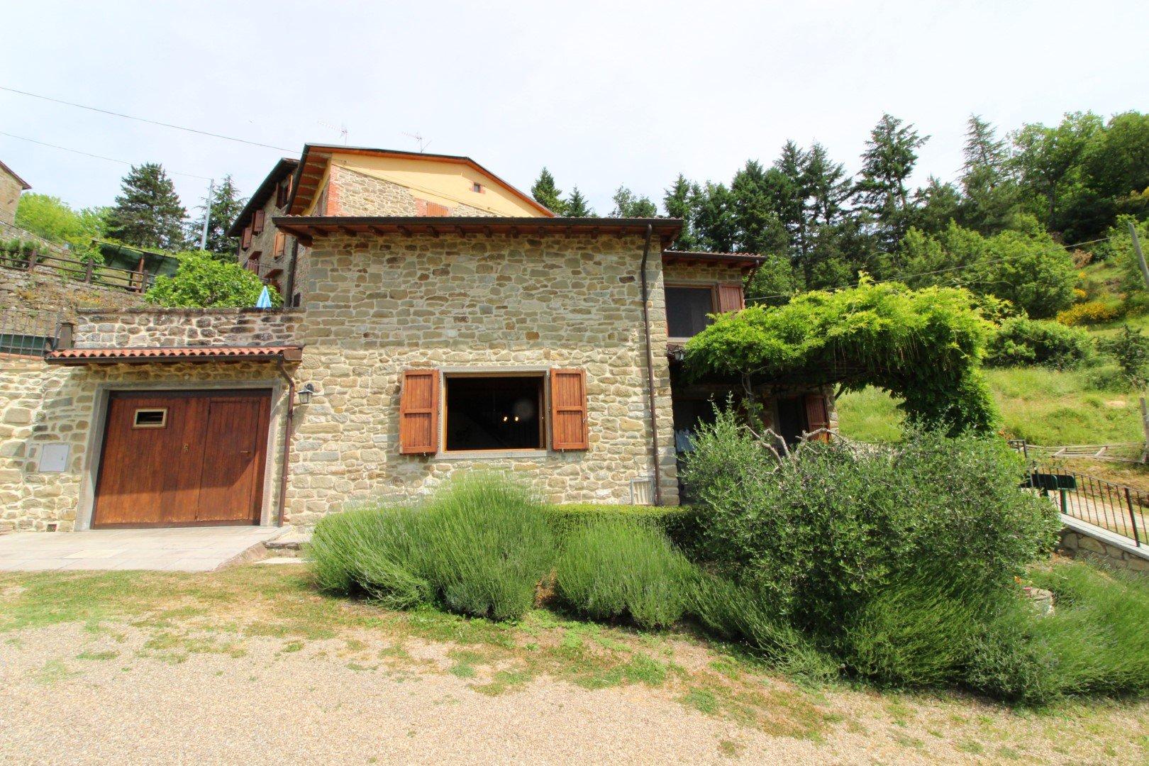 Santa Cristina - buitenkant huis