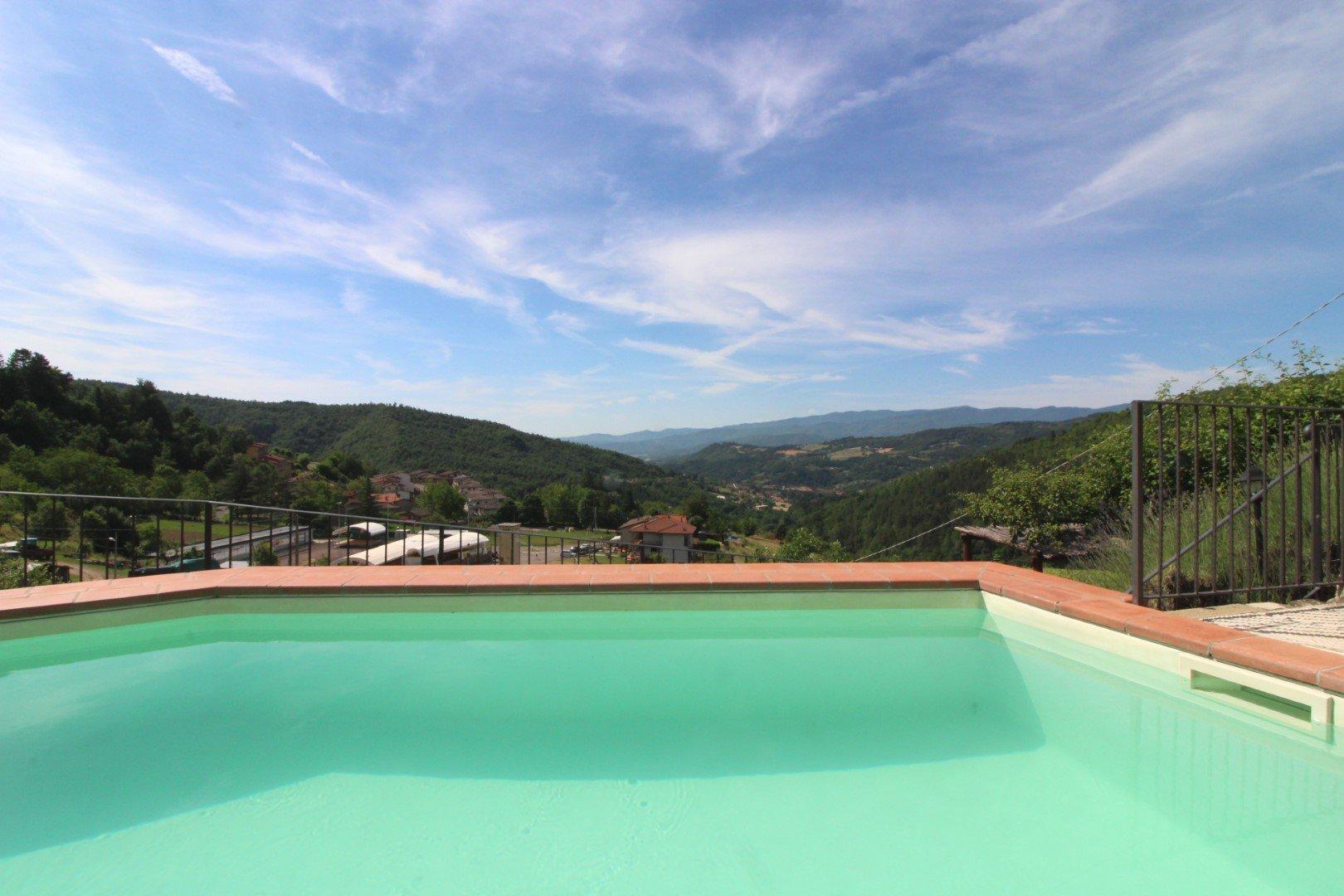 Santa Cristina - uitzicht vanuit zwembad
