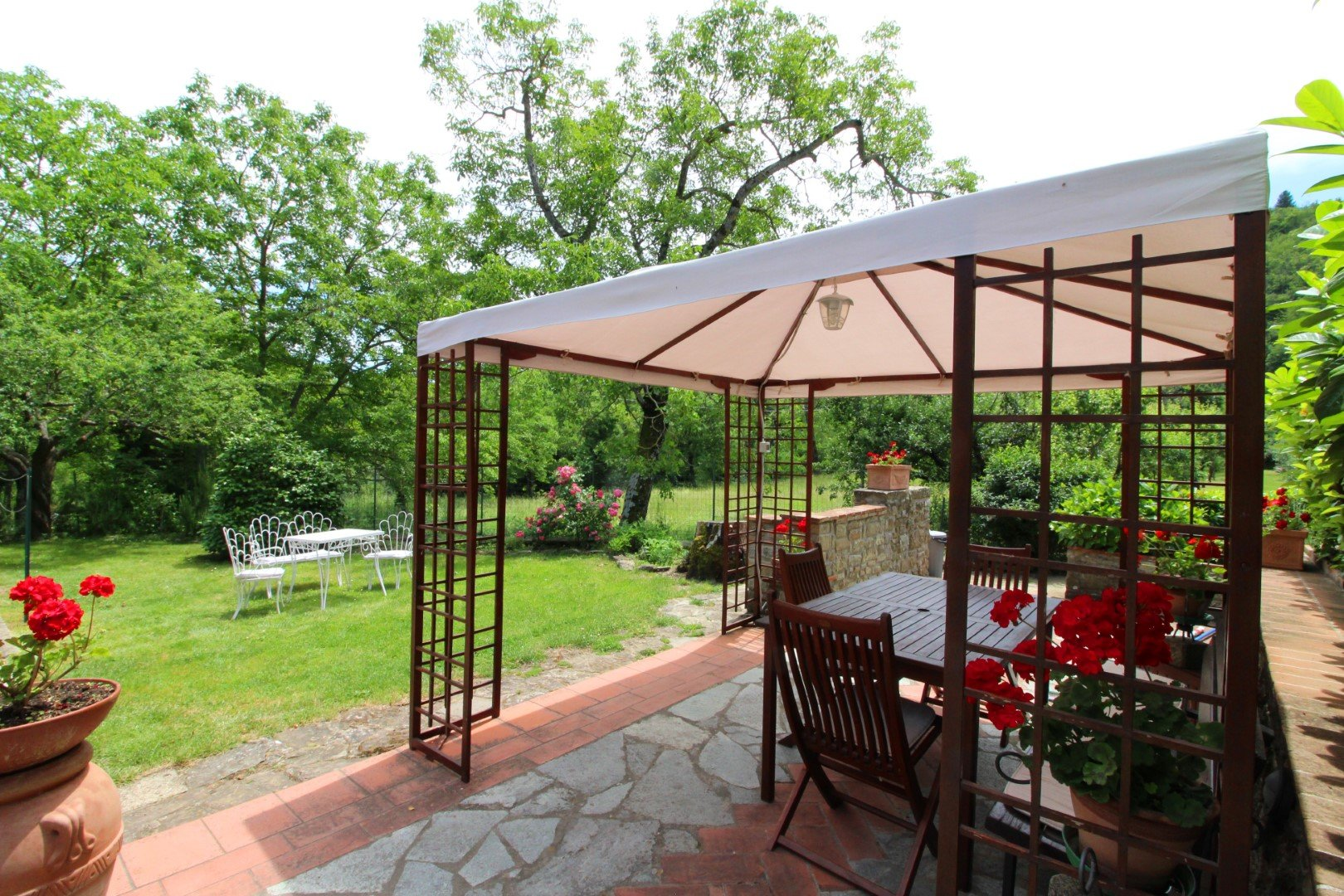 Ciabatti - tuin met terrasjes