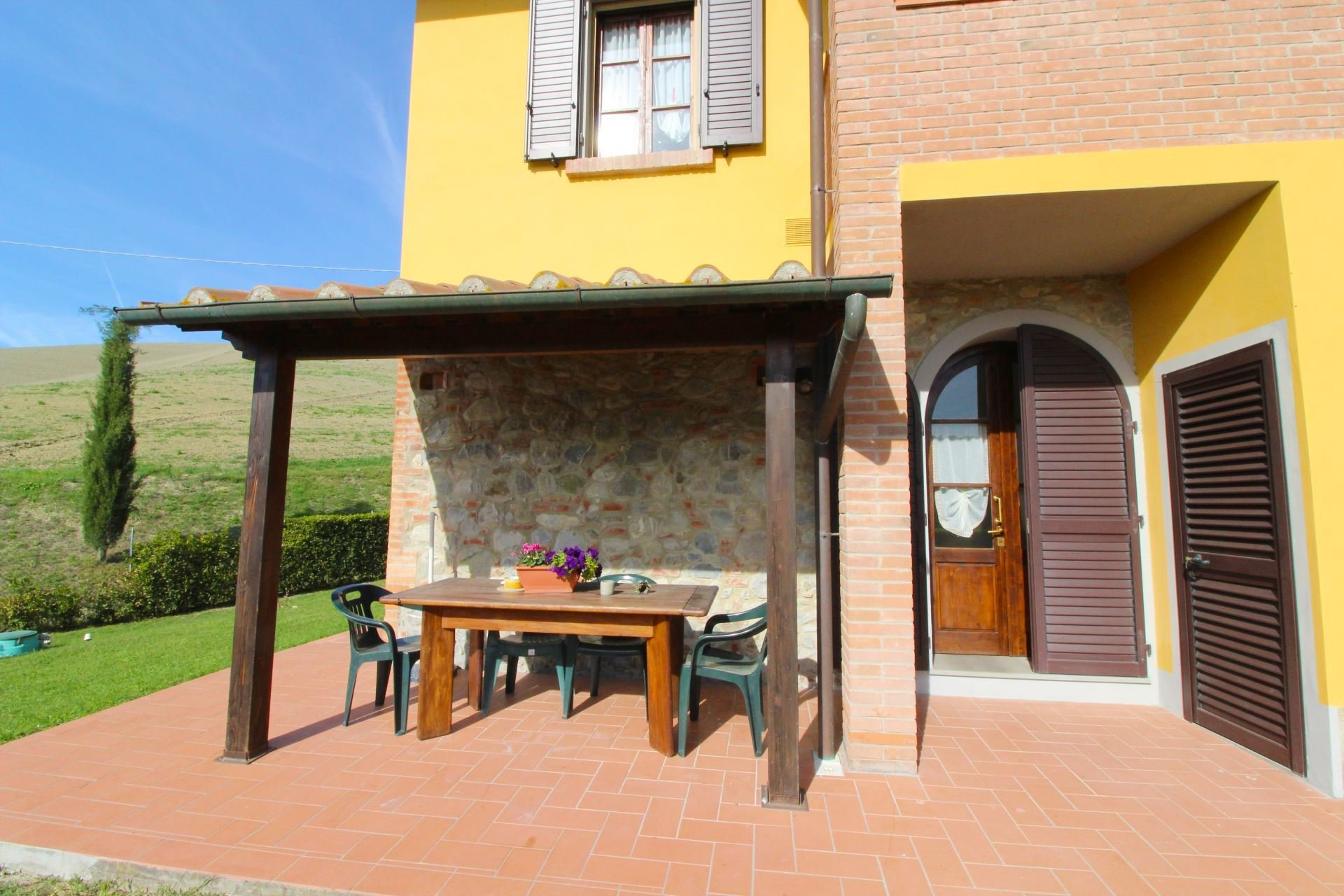 podere bellosguardo- terrasje voor huis