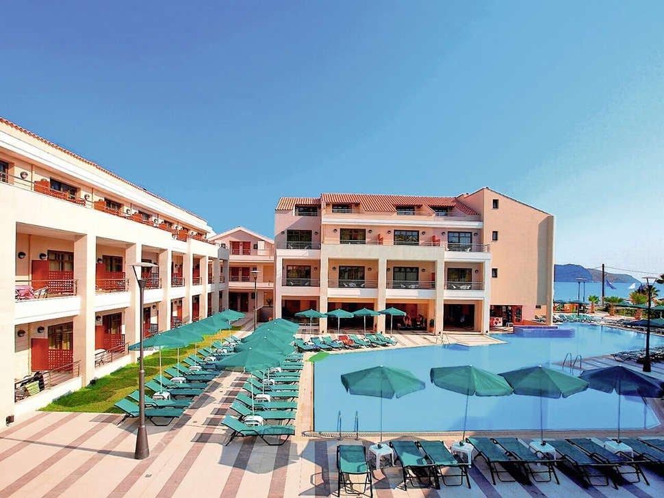 Hotel Porto Platanias Beach Resort & Spa - zwembad.jpg