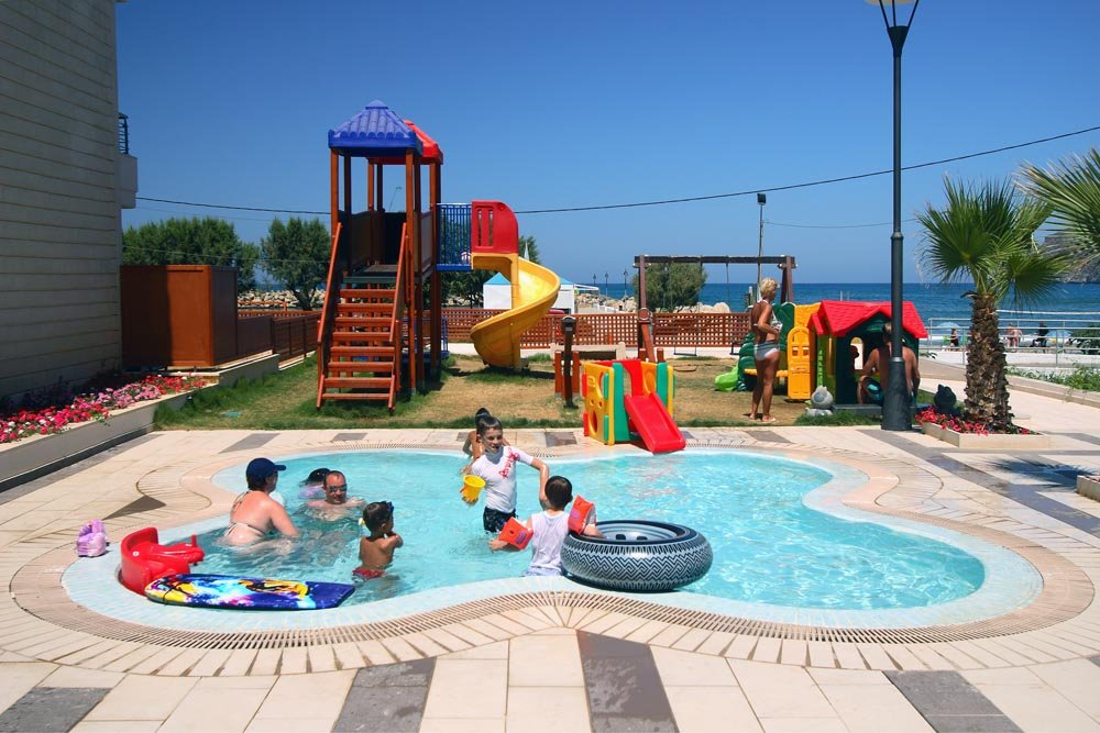 Hotel Porto Platanias Beach Resort & Spa - kinderbad