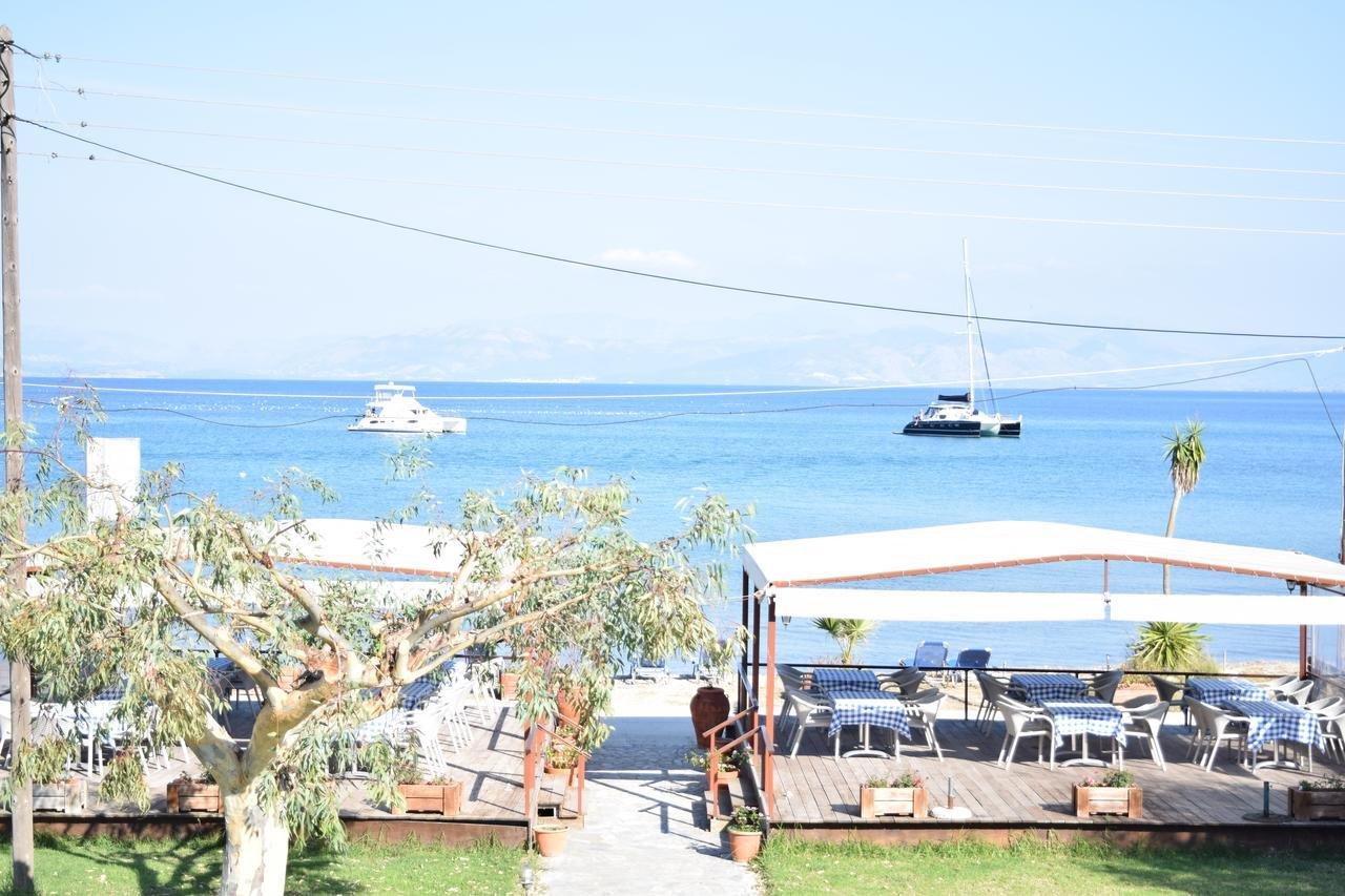 Christina Beachfront Petriti  - restaurant