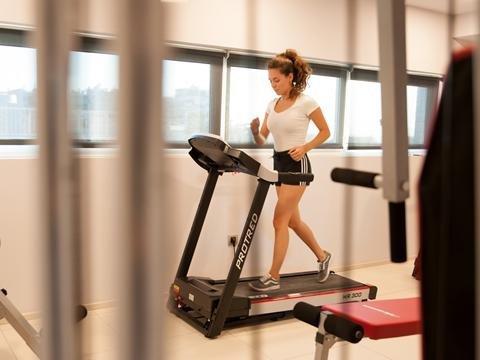 Athenaeum Grand hotel - fitnessruimte