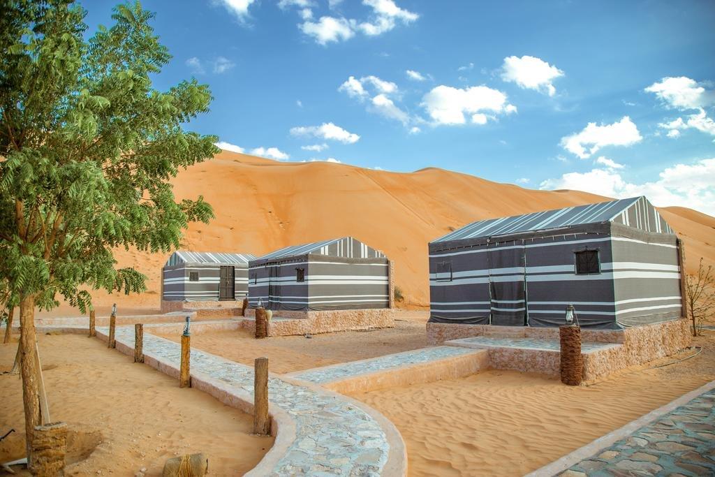 Sama Al Wasil Desert Camp sultan tent - Wahiba Sands