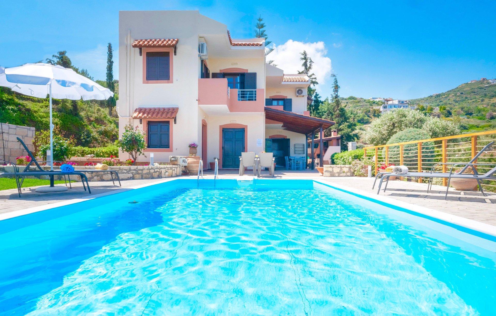 Villa Lygaria - zwembad