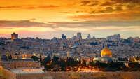 Panorama van de oude stad tijdens zonsondergang Jeruzalem, Israël