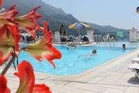 Lido Sofia - Corfu - zwembad met bloemen